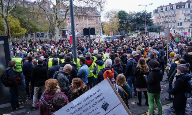 Marche pour le climat et gilets jaunes à Lille…